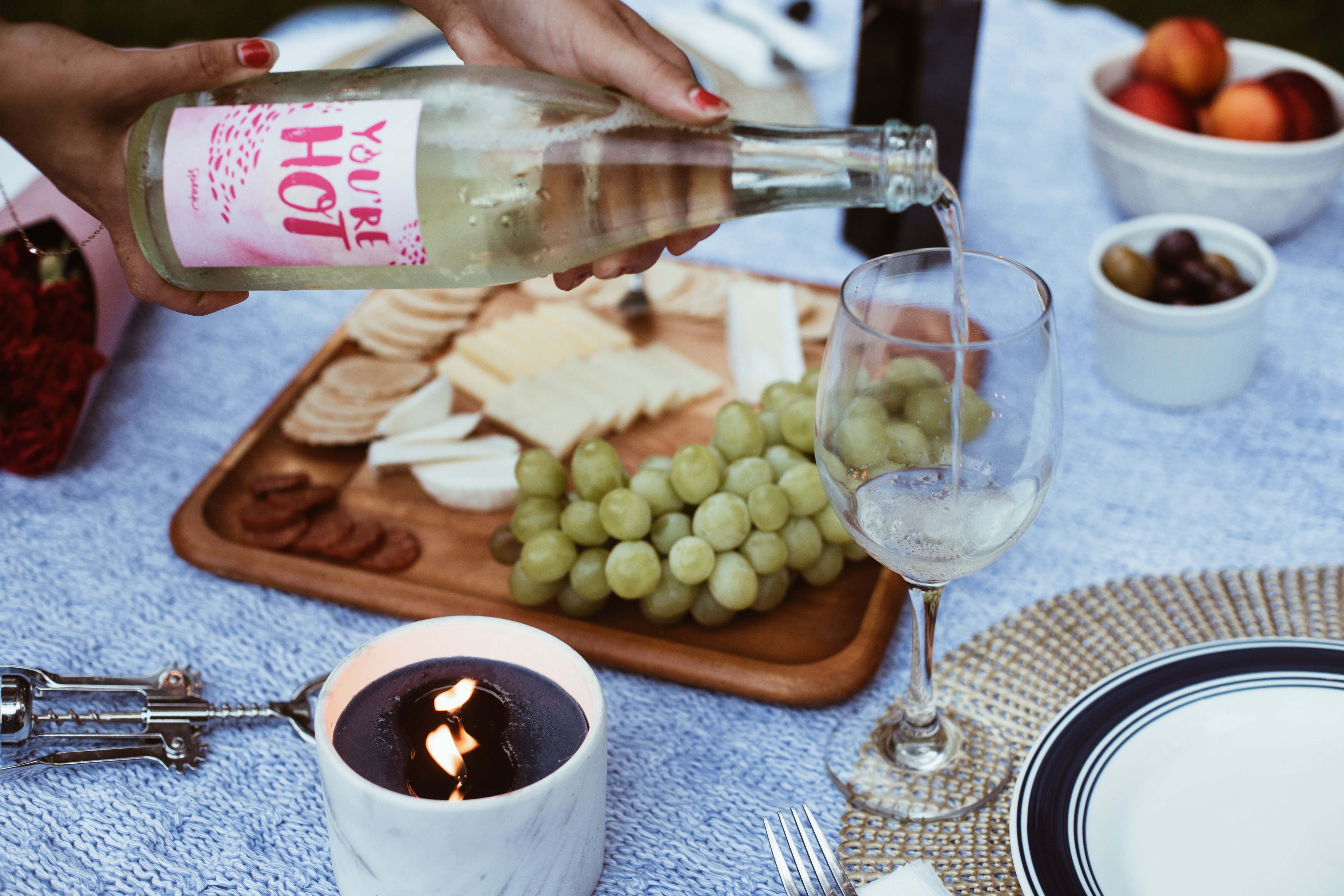 Picnic Essentials w/ Speak Wines       Gypsy Life